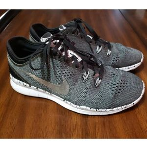 Nike woman's free 5.0 TR fit 5 size 6.5 shoes
